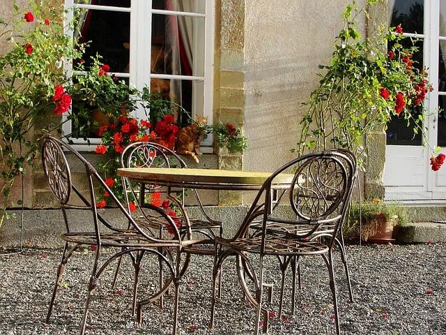 Recreate your favorite European garden experience at home