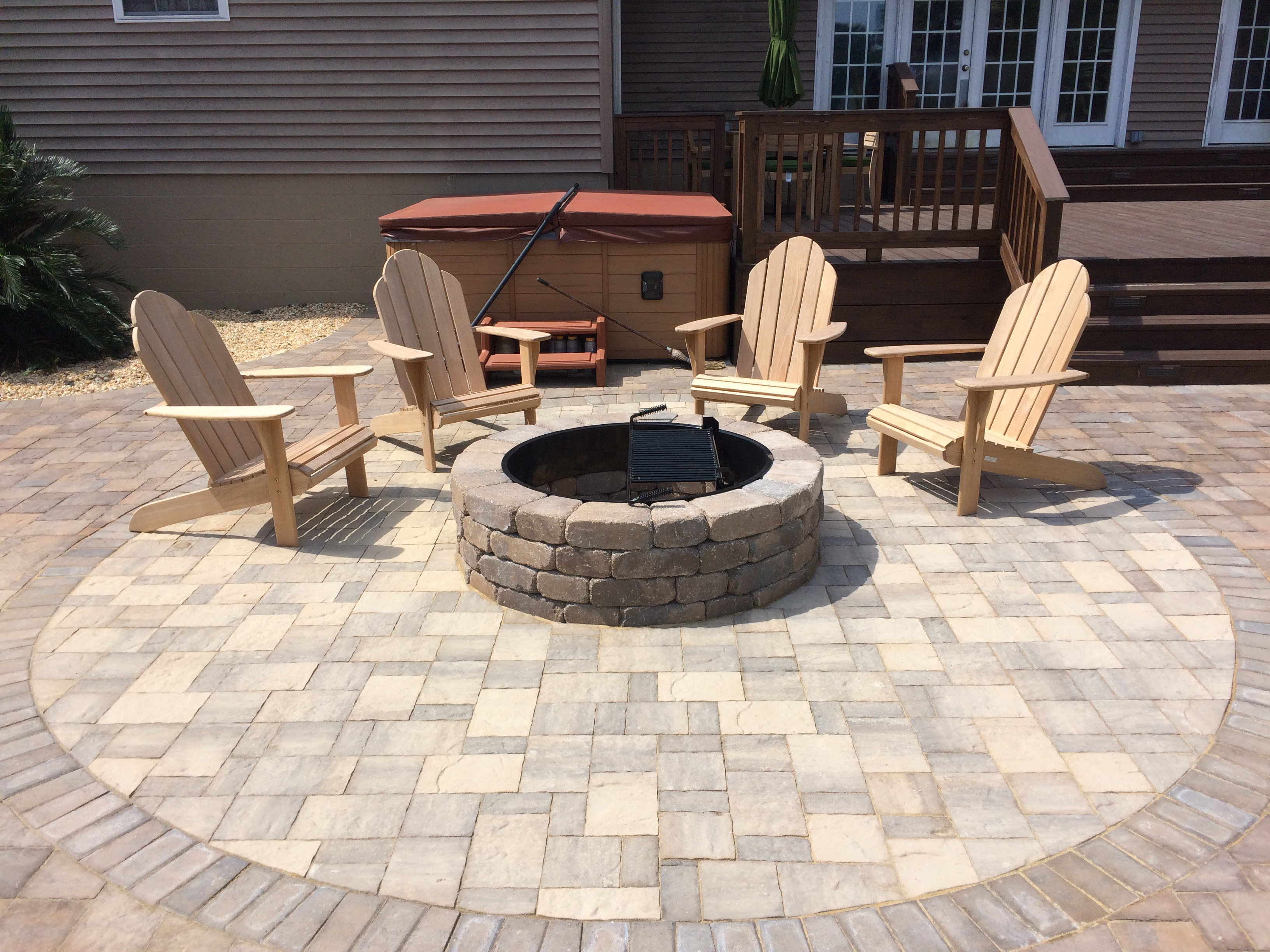 Residential hardscape contractor portfolio- fire pit